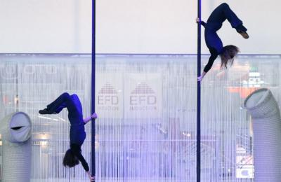chinese masten acrobatiek